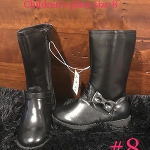New with tags children's place size 8 black boots